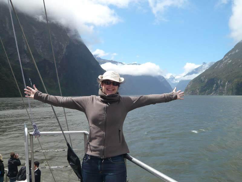 Ich auf einem Boot am Milford Sound