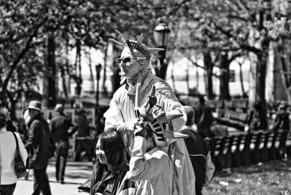 Pantomime im New Yorker Park