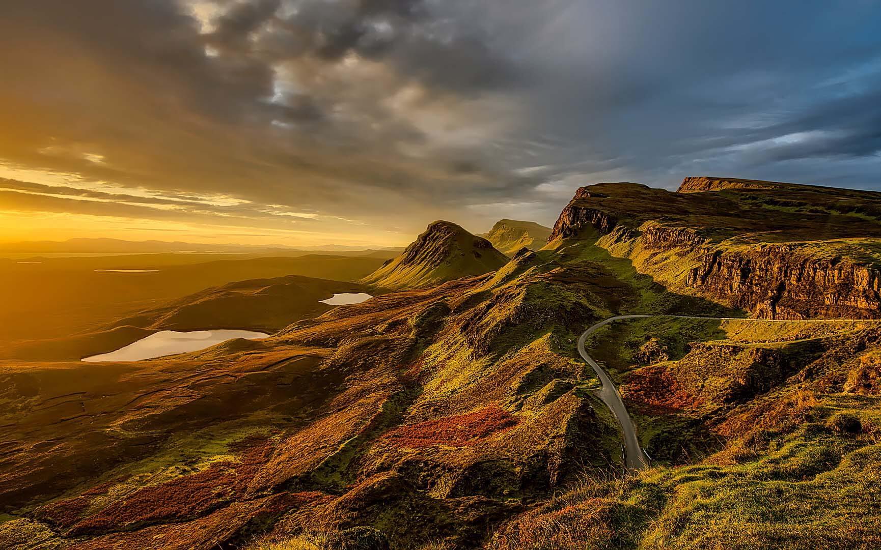Schottische Landschaft im Sonnenuntergang