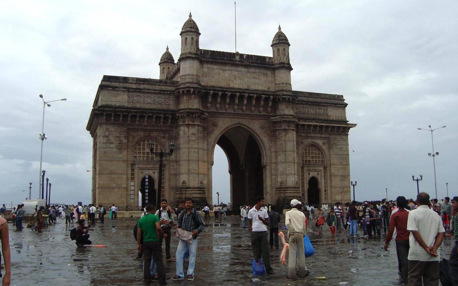 Trubel in Mumbai