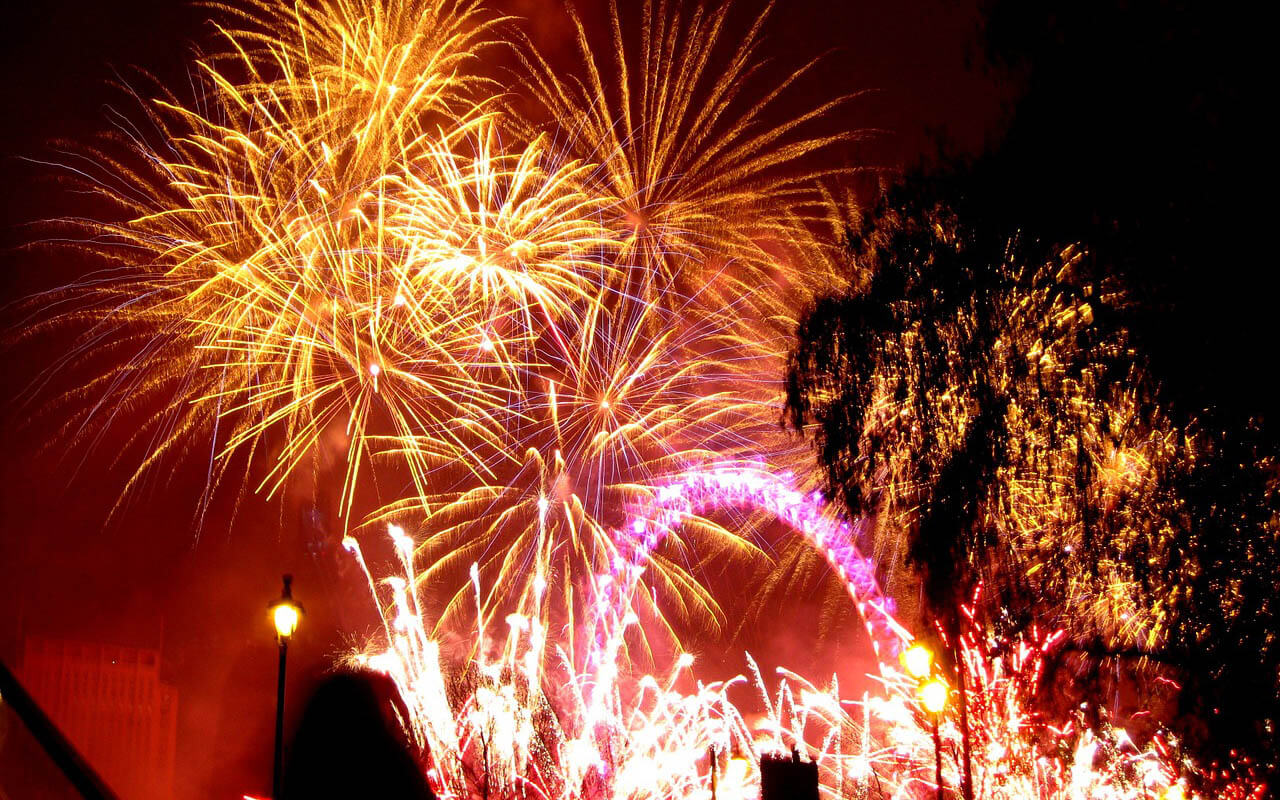 Feuerwerk am London Eye