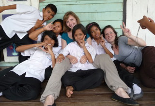 Interkulturelle Kommunikation: Mimik, Gesten und Körpersprache