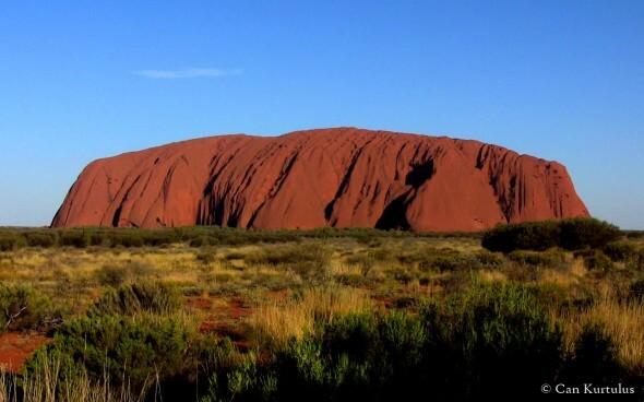 Der Ayers Rock im roten Zentrum von Australien