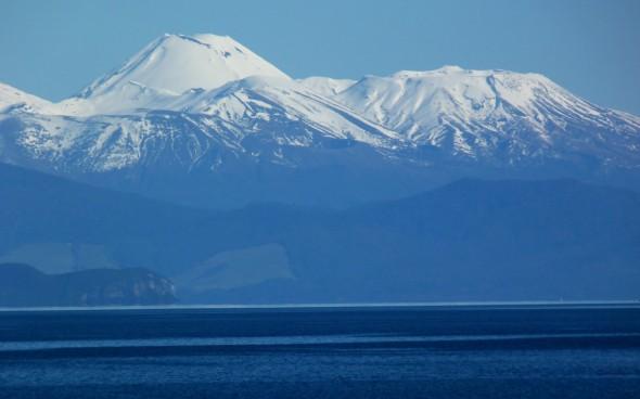 Schneebedeckte Berge in Neuseeland