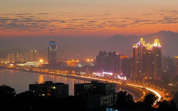 Auslandsaufenthalt in China: Zhuhai bei Nacht