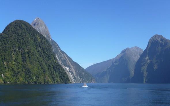 Neuseelands Natur: die Landschaft von Milford Sound