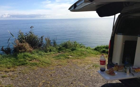 Mit dem Wohnwagen durch Neuseeland: Mittagessen mit Meerblick