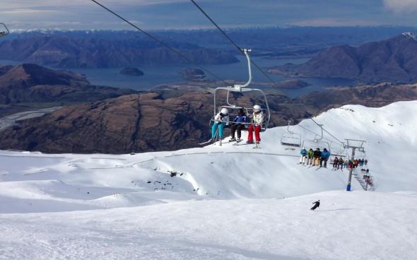 Sessellift für Skifahrer in Neuseeland