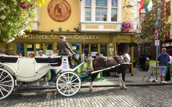 Kutschen auf Irlands Straßen