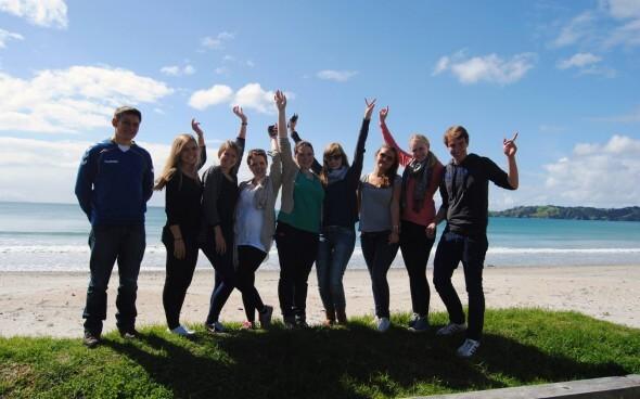 Demi-pair Auckland: Beim Ausflug mit Freunden