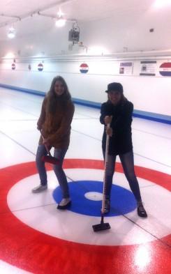Lena beim Curling