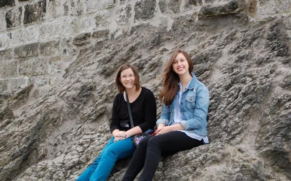 Ina und Ana am Drachenfels