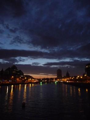 Antonina bei den Iren_Dublin am Abend