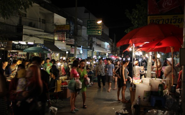 Freiwilligenarbeit in Asien: Markt in Chiang Mai