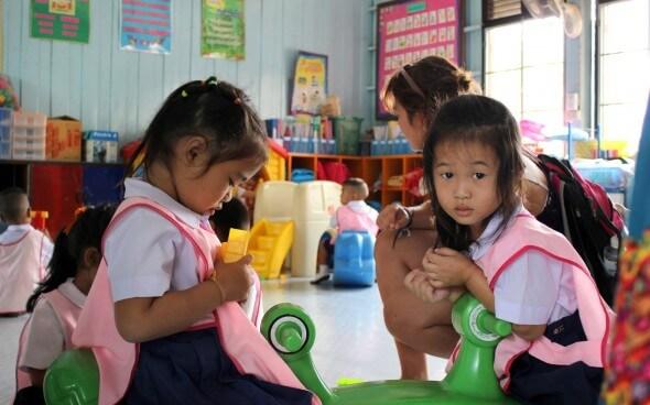 Freiwilligenarbeit in Asien: im Unterricht