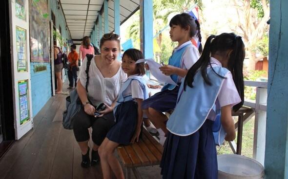 Freiwilligenarbeit in Asien: in der Schule
