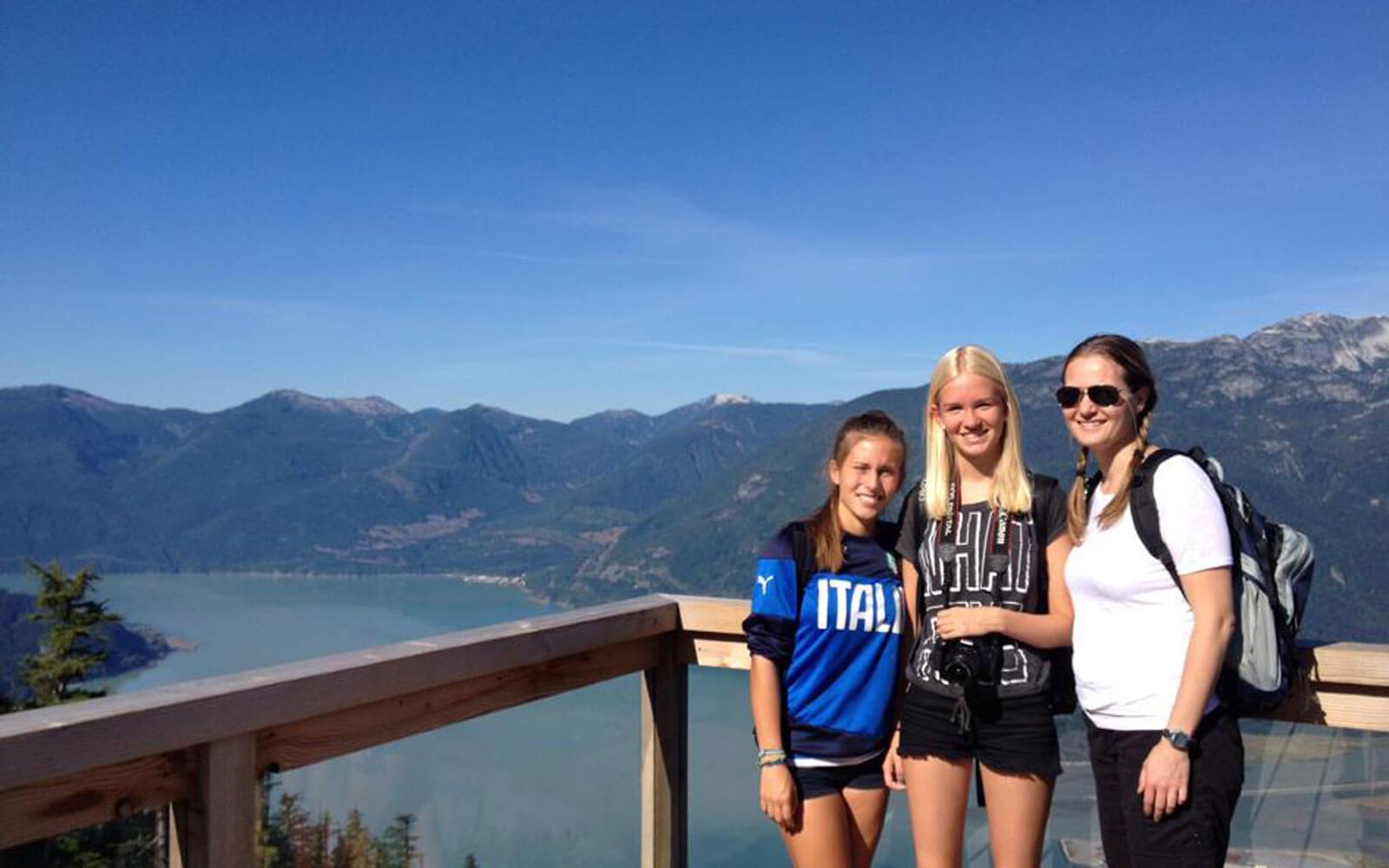 Alina in Kanada mit ihren neuen Freunden