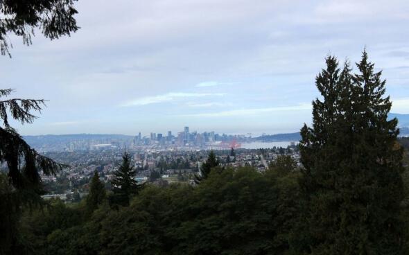 Alina in Vancouver (Skyline)