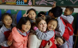 Teach and Travel China - Kira mit Kindern