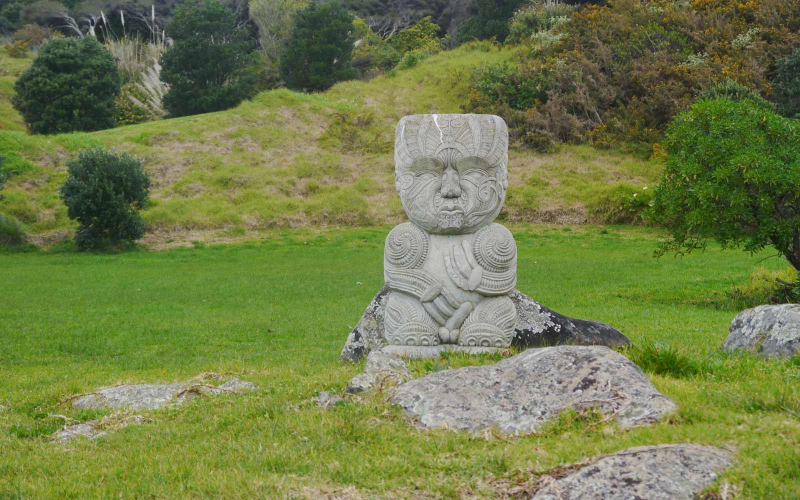 Steinfigur in Neuseeland