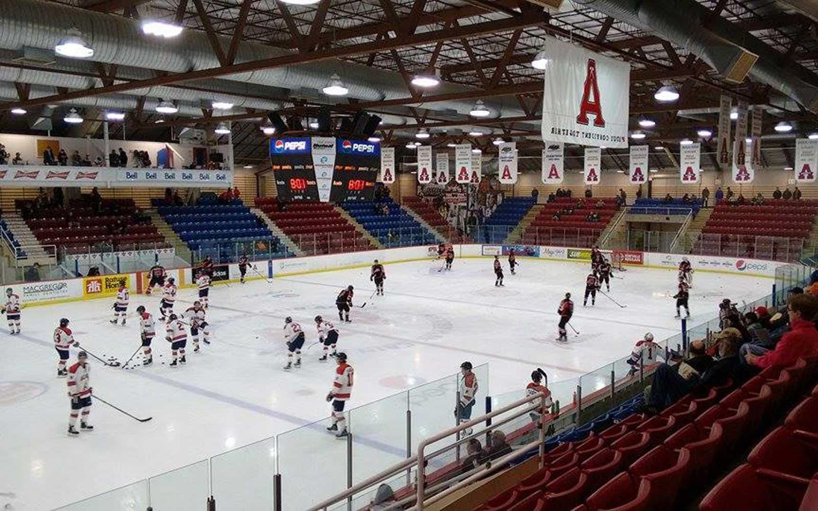 Eishockeyspiel in Kanada