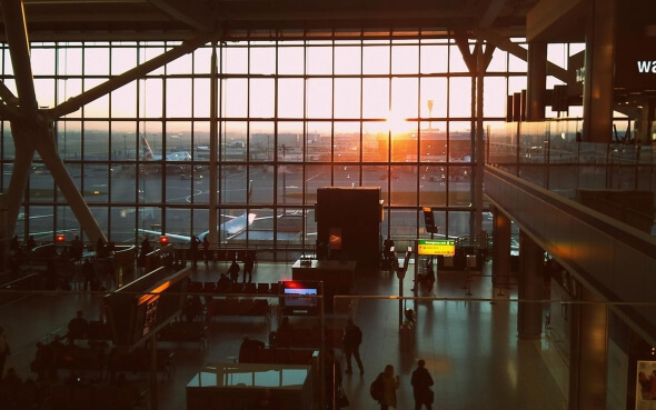 Wartehalle Flughafen London Heathrow
