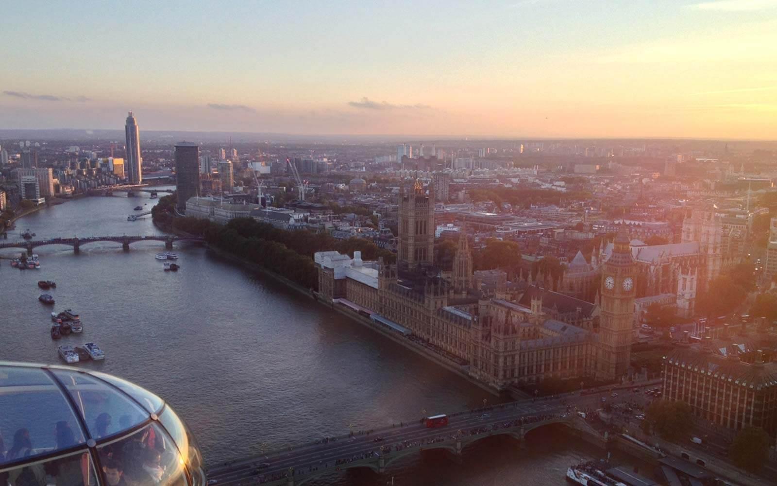 Fahrt mit dem London Eye zum Sonnenuntergang