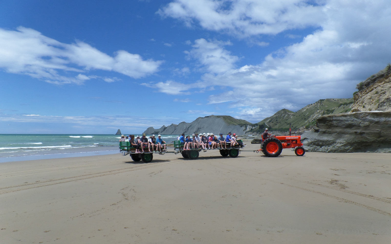 Traktor-Tour zum Cape Kidnappers in Neuseeland
