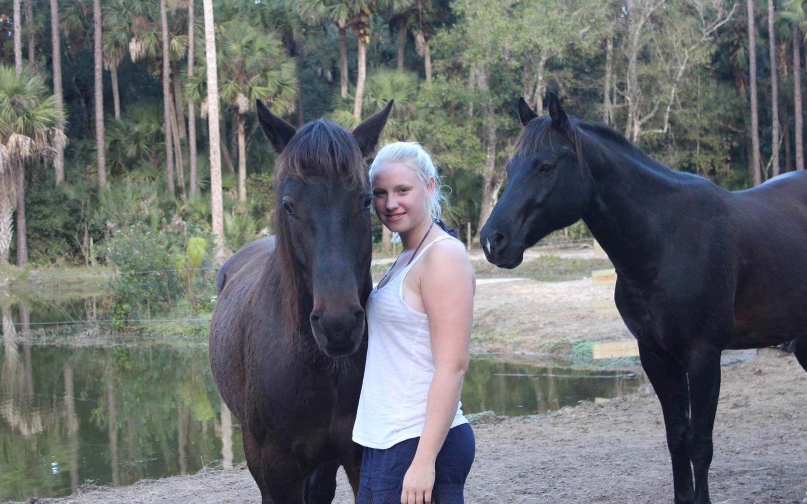 Franziska mit Pferden in Florida
