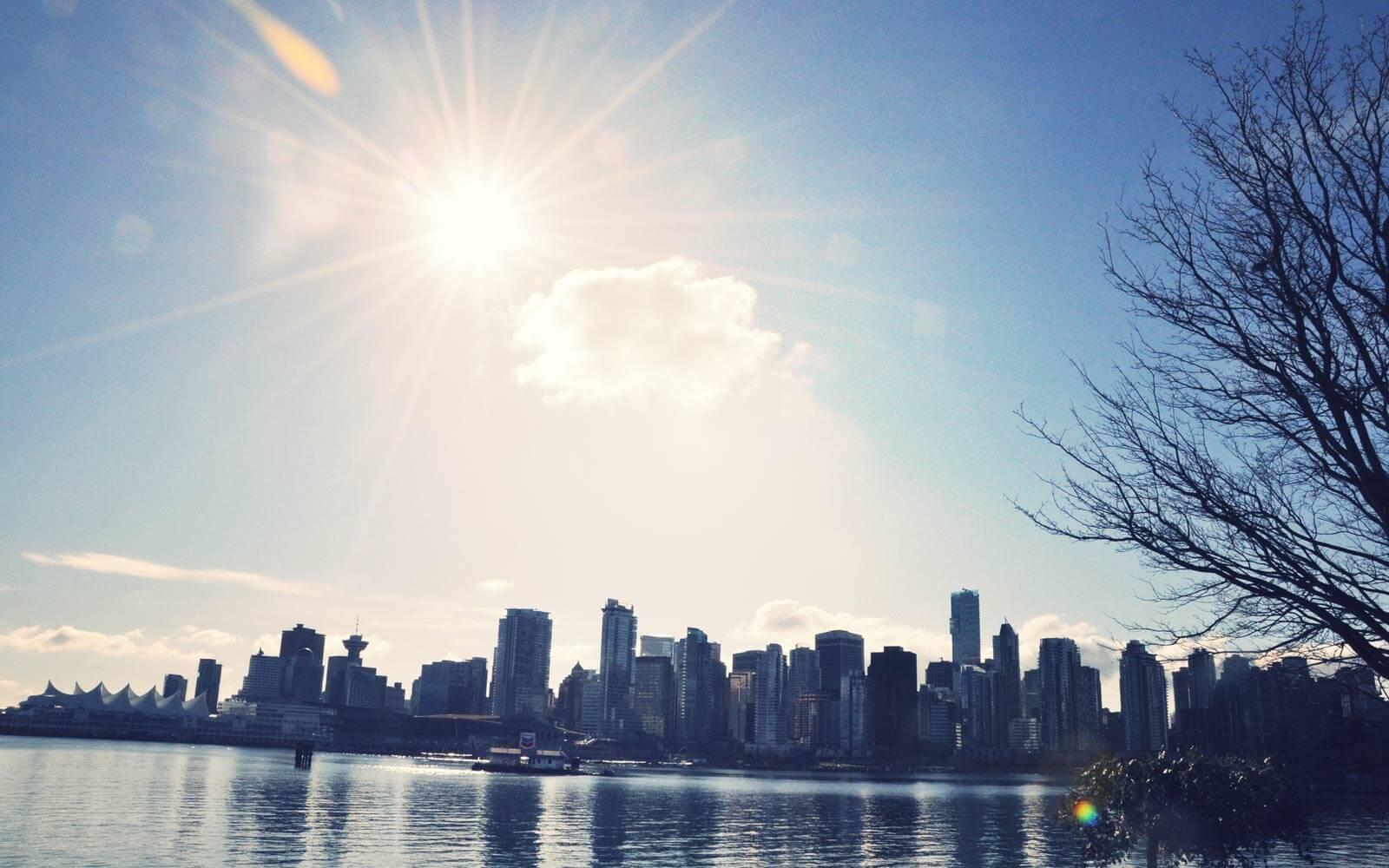Skyline-Vancouver-Kanada-Sonne