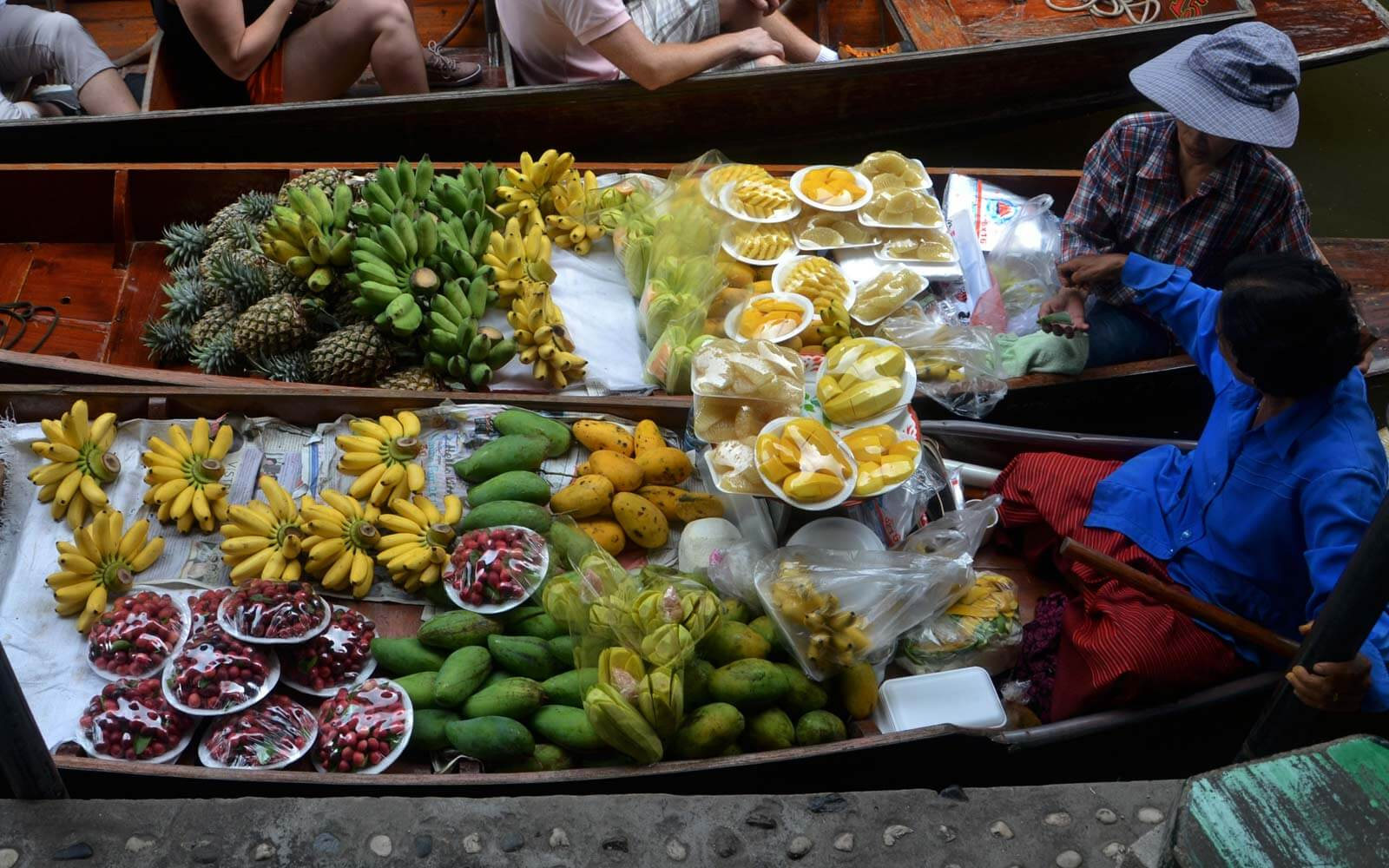 vegan-on-the-road-fruits