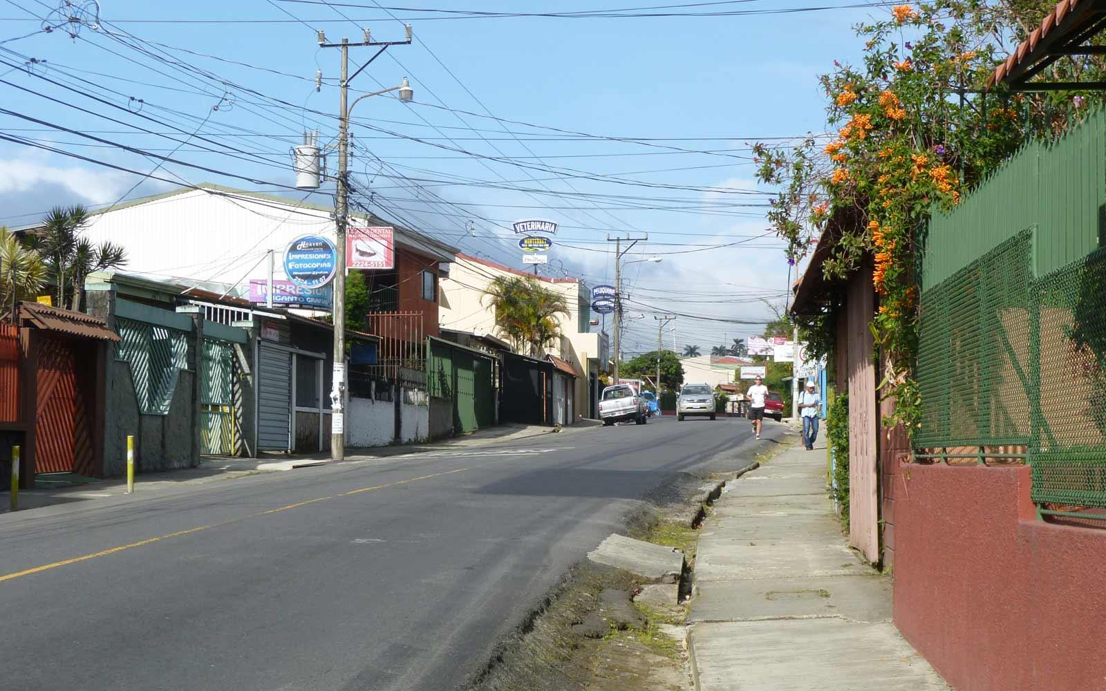 Straße in San Pedro, Costa Rica