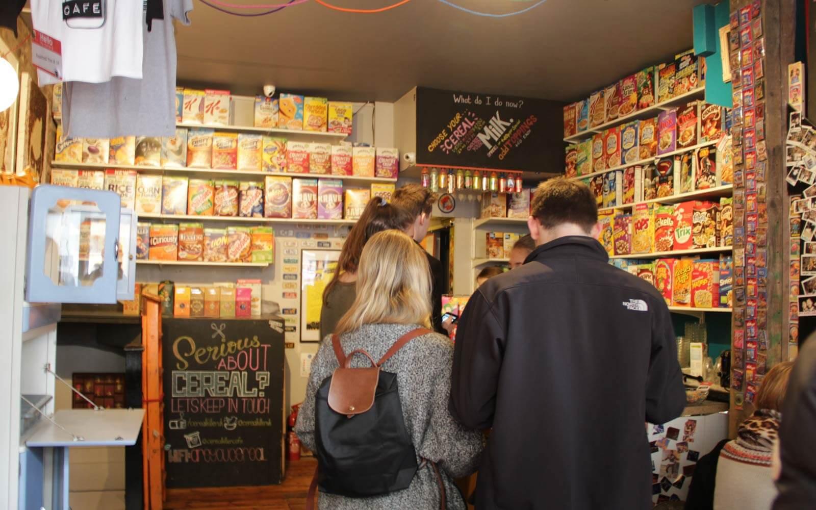 Große Müsli-Auswahl im Cereal Killer Café