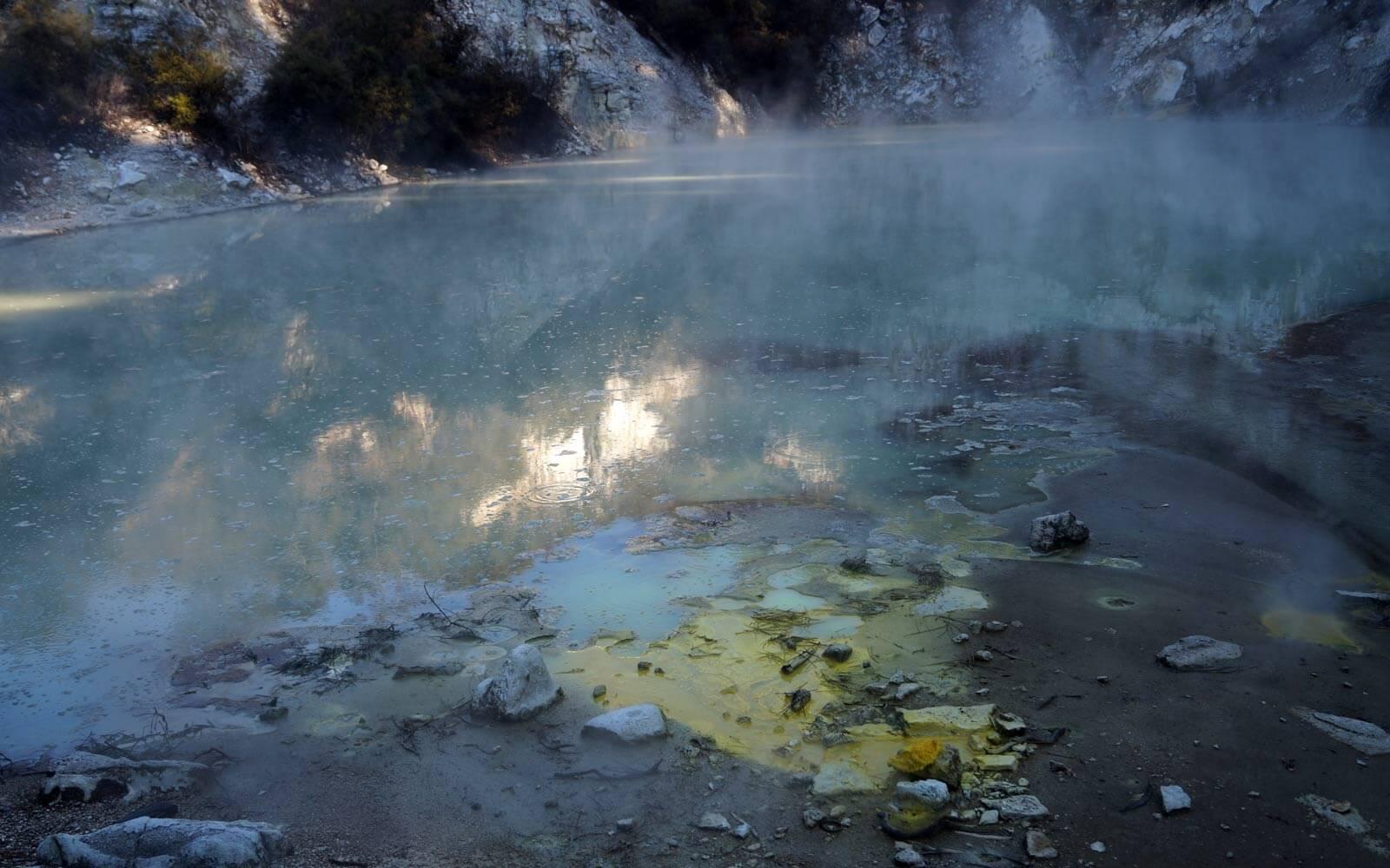Geothermales Wunderland Wai-O-Tapu in Neuseeland