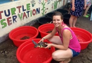 Freiwilligenarbeit in Indonesien: Leonies Zeit im Schildkröten-Projekt