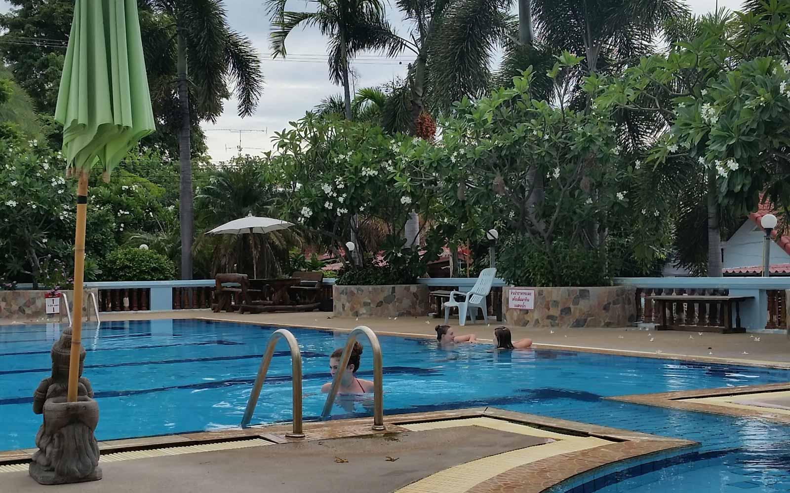 Schwimmbad in Thailand