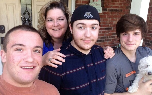 Stipendiat Daniel mit seiner Gastfamilie