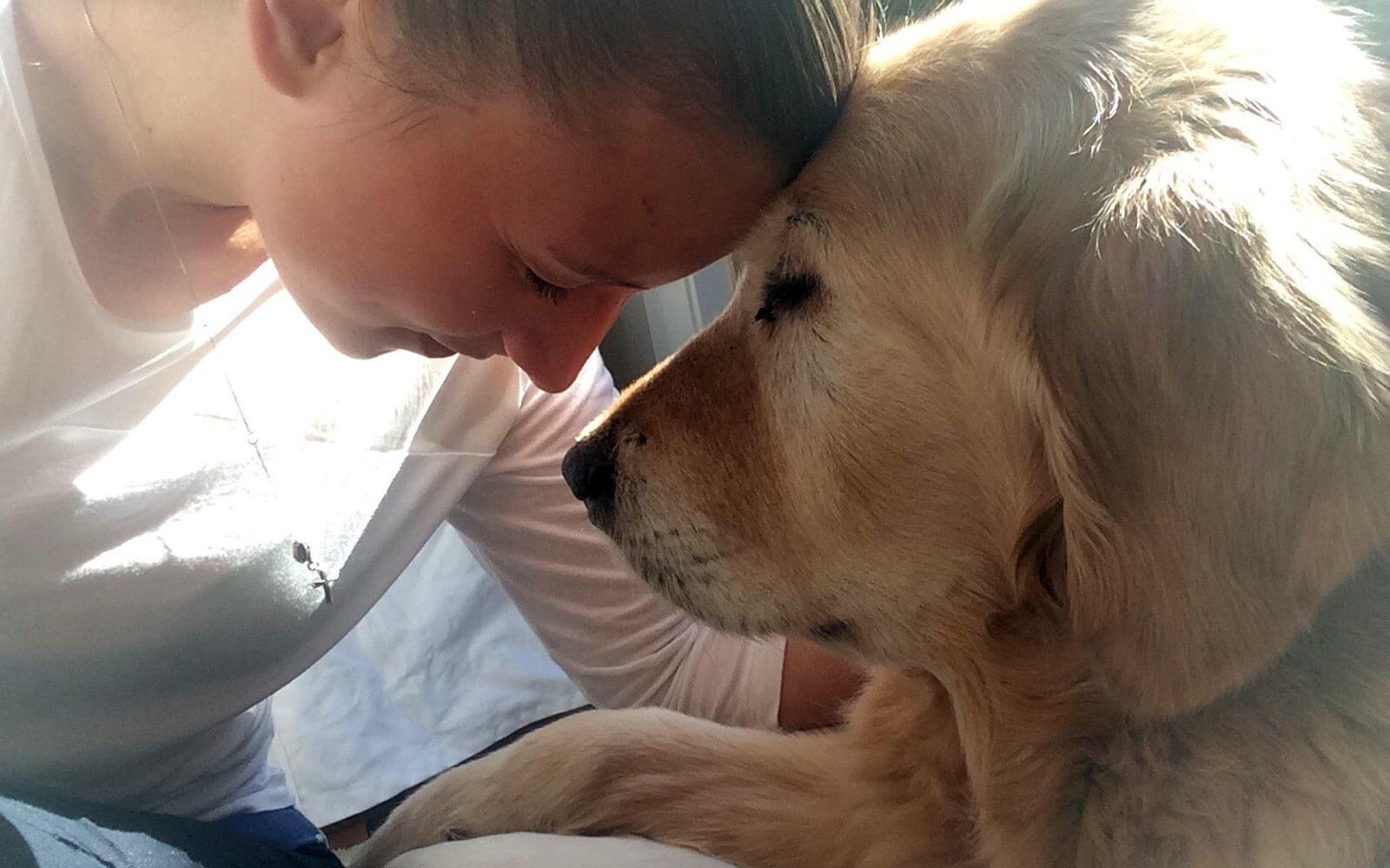 Leandra und Hund Toby