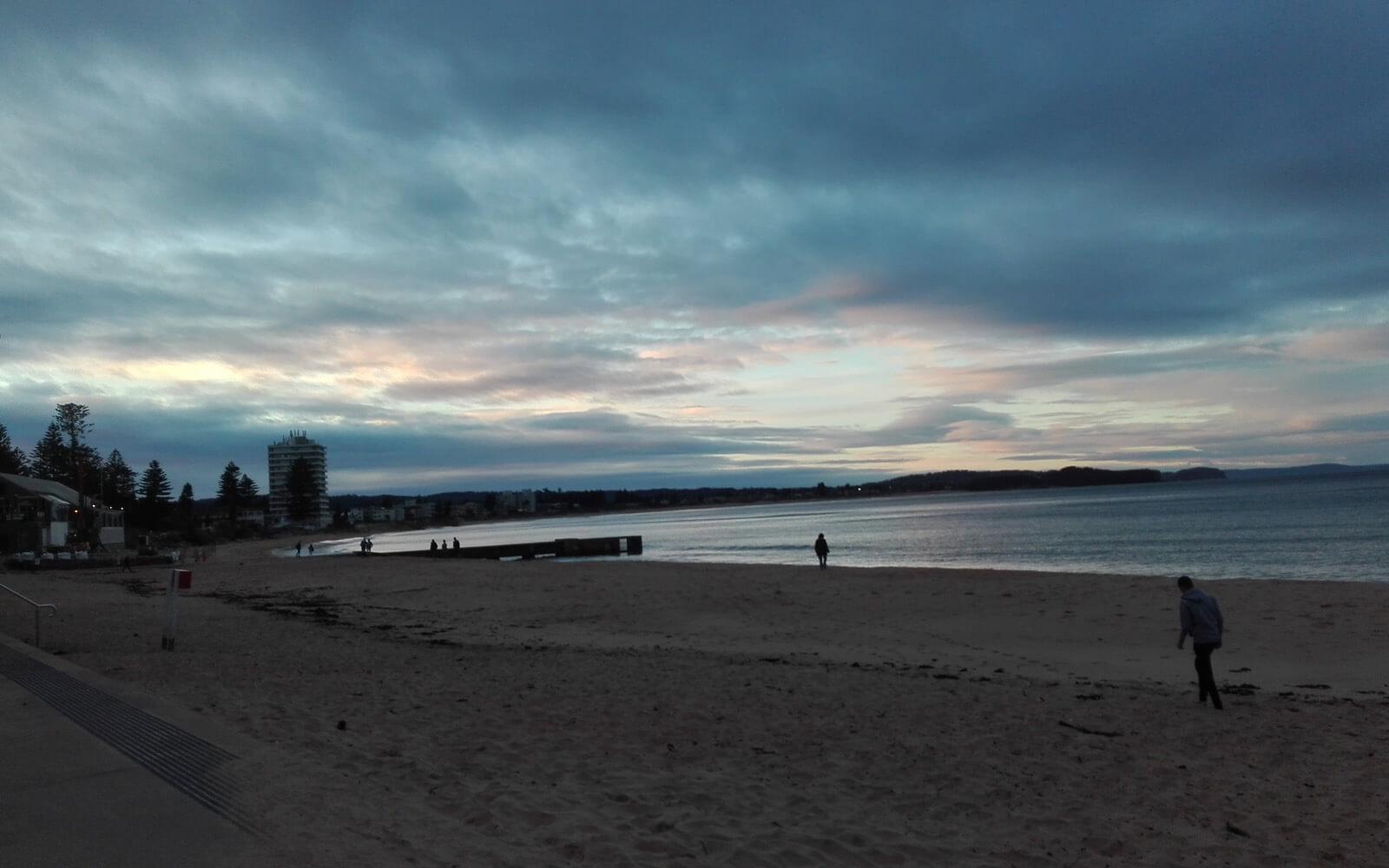 Sonnenuntergang am Strand in Sydney