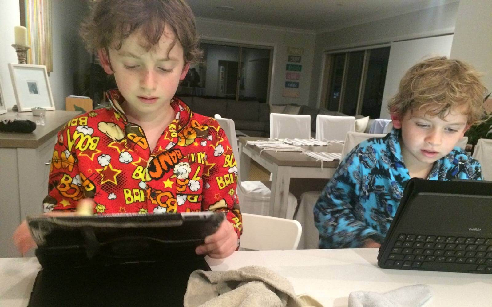 Hostkids Australien in Pyjamas