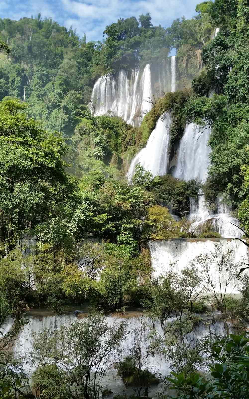 Tee Lor Su Wasserfall in Thailand
