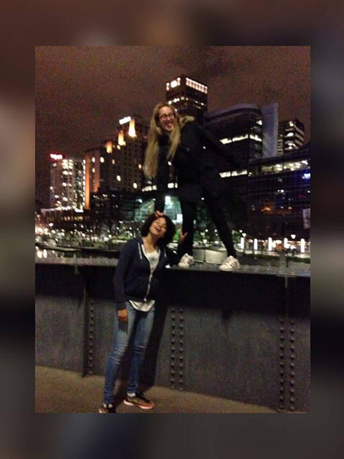 Fabienne und Gastschwester Cecilia in Melbourne