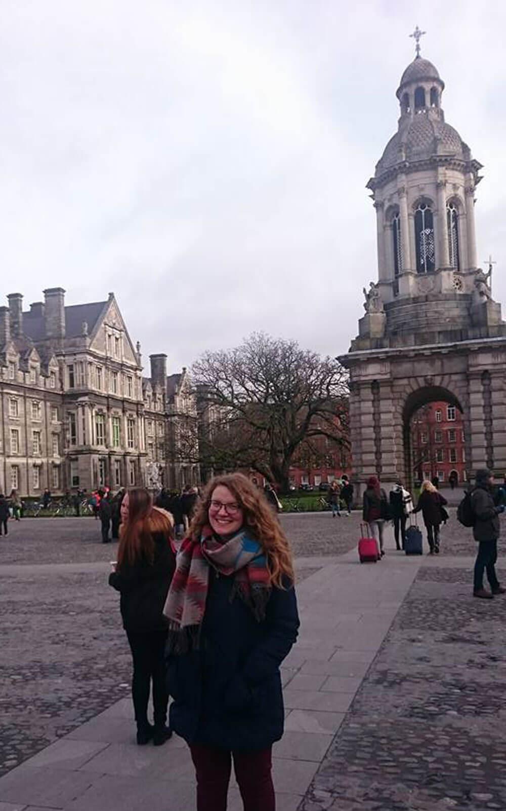Birte im Trinity College Dublin in Irland