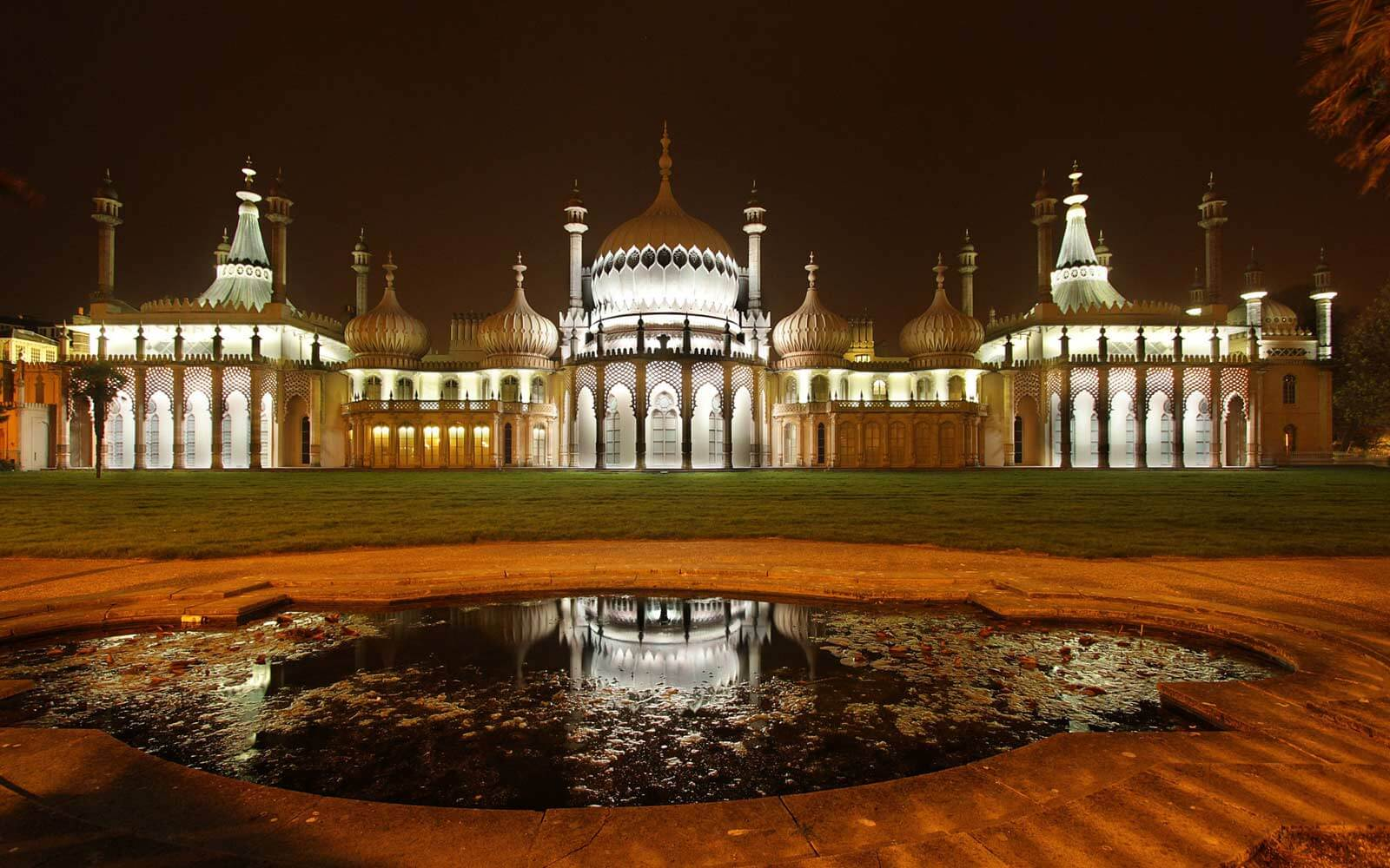 Royal Pavilion in Brighton bei Nacht