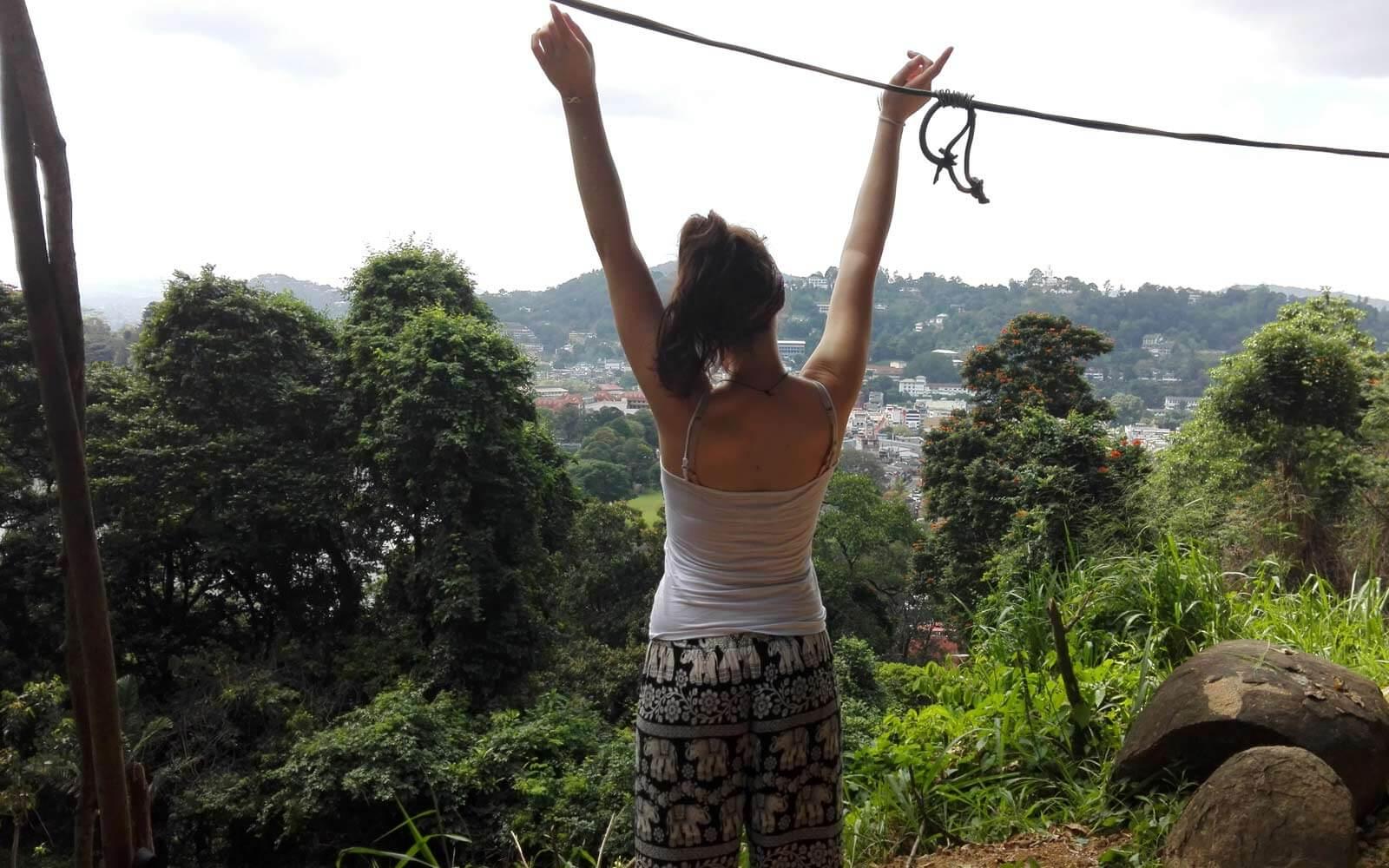 Samira auf Sri Lanka