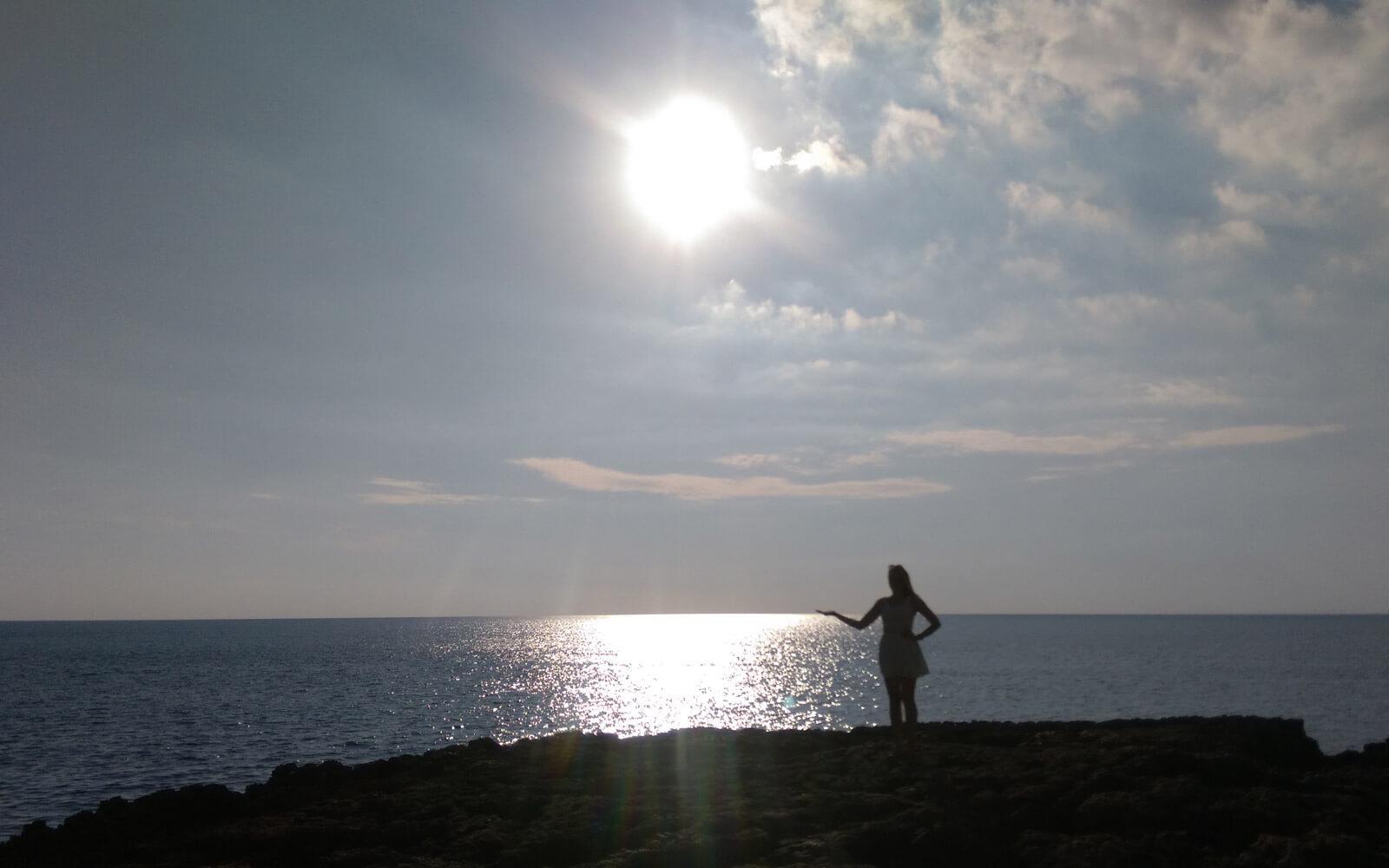 Jule genießt Meer und Sonne auf Malta
