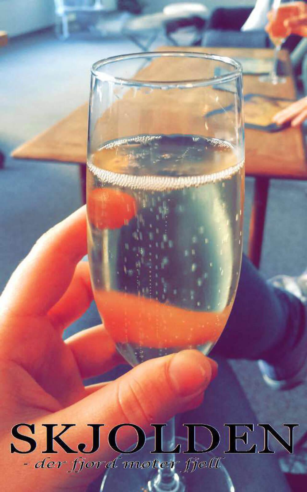Champagner in zum Abschied in Norwegen