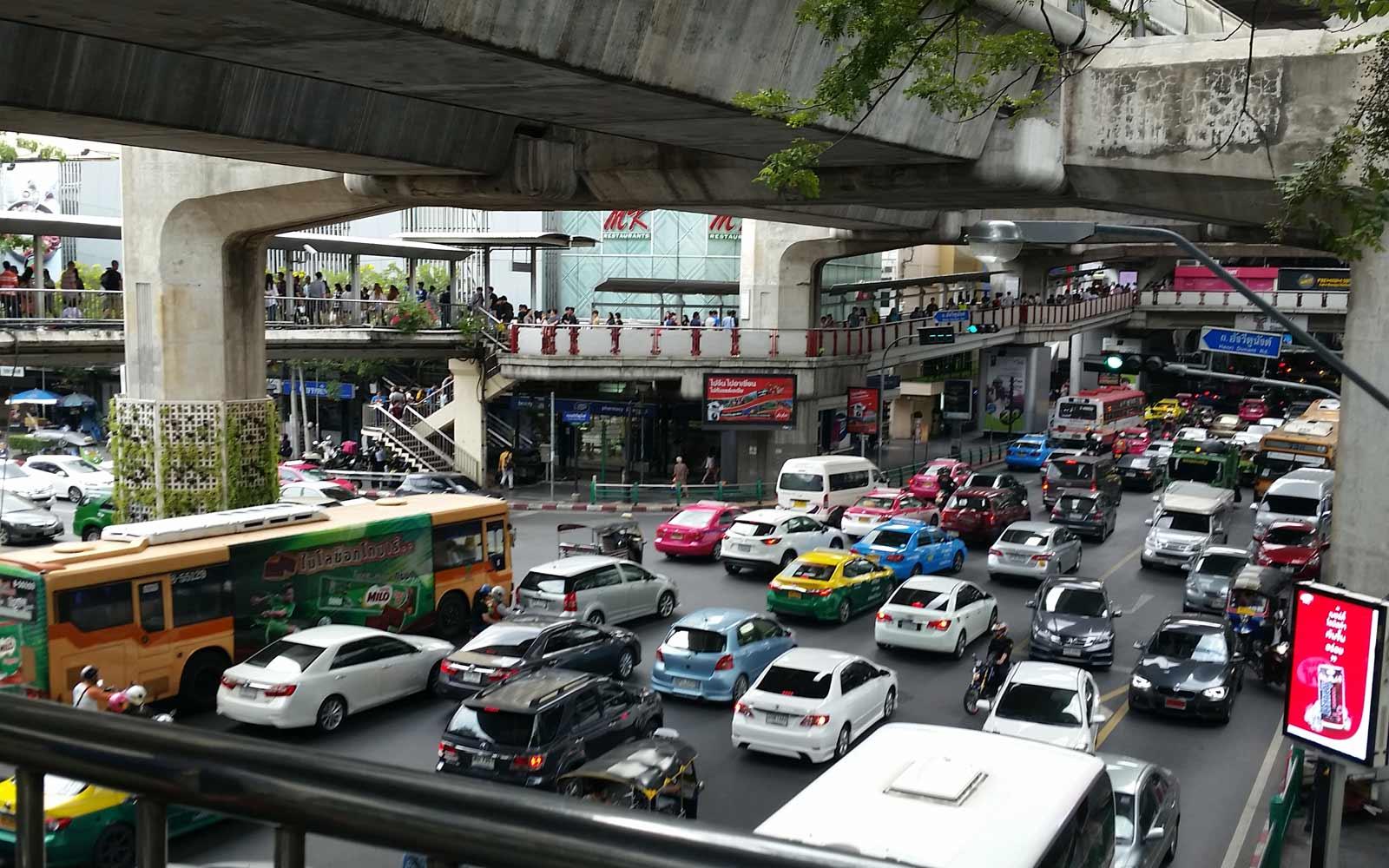 Vehrkehrschaos in der Innenstadt Bangkoks