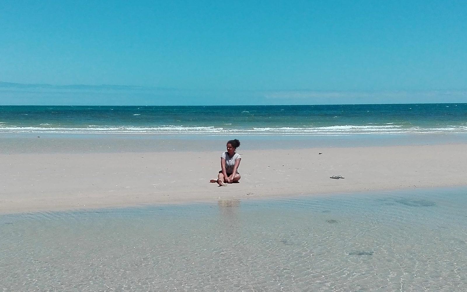 Fabienne in Australien am Strand