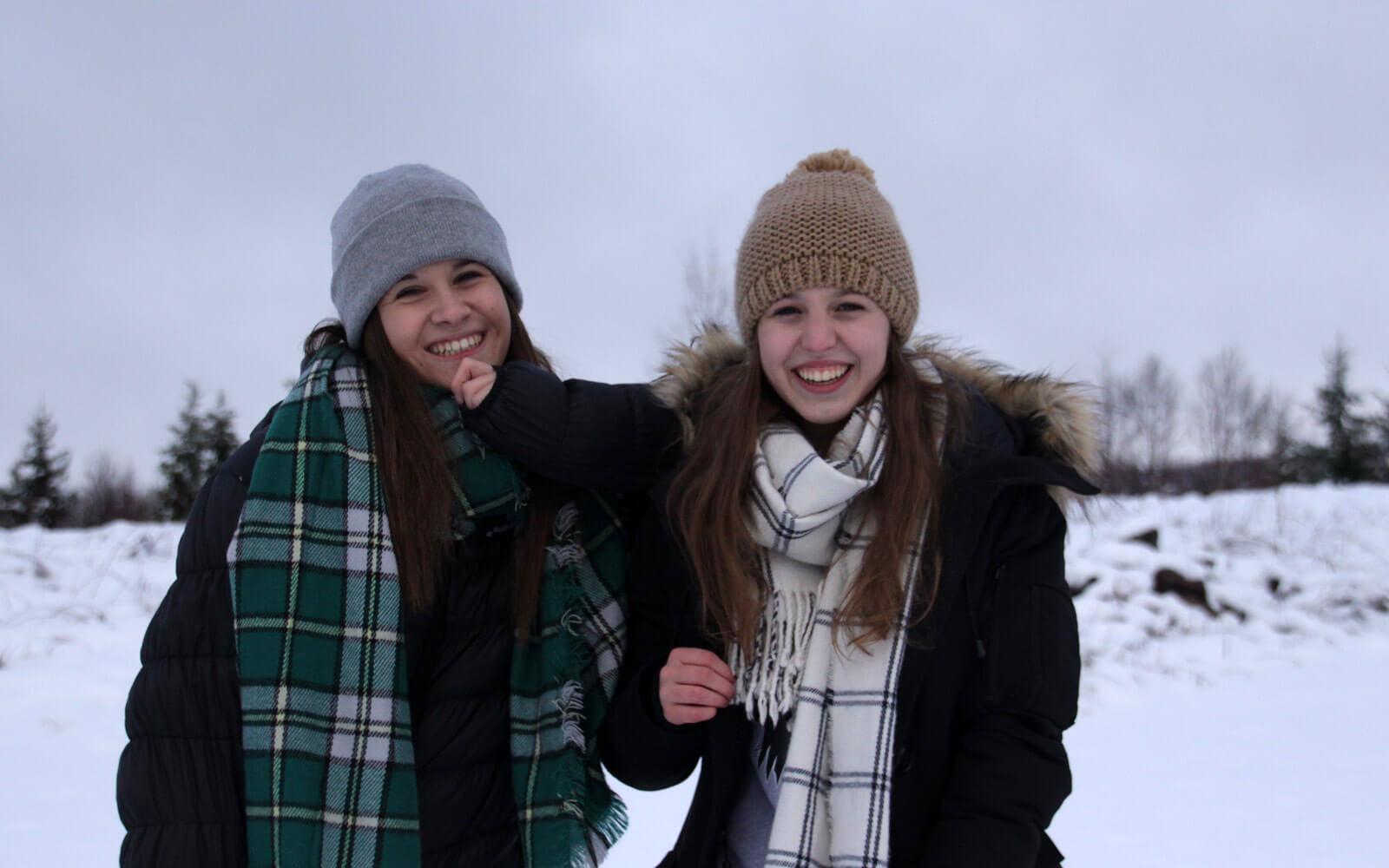 Gastschwestern in Kanada im Schnee